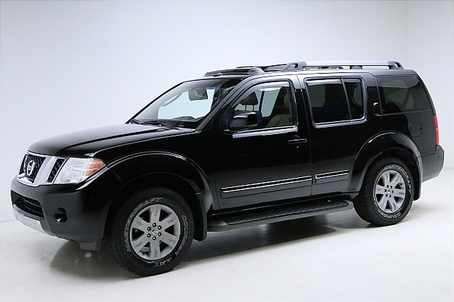 Pre-Owned 2008 Nissan Pathfinder LE