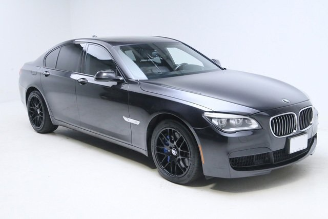 Pre-Owned 2014 BMW 7 Series 750i